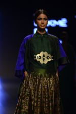 Model walk the ramp for Payal Khandwala Show at Lakme Fashion Week 2016 on 28th Aug 2016 (328)_57c3c9e8acc7d.JPG