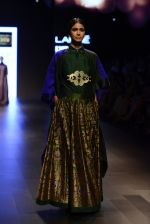 Model walk the ramp for Payal Khandwala Show at Lakme Fashion Week 2016 on 28th Aug 2016 (330)_57c3c9f16e265.JPG