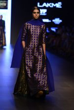 Model walk the ramp for Payal Khandwala Show at Lakme Fashion Week 2016 on 28th Aug 2016 (340)_57c3ca1230dac.JPG