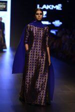 Model walk the ramp for Payal Khandwala Show at Lakme Fashion Week 2016 on 28th Aug 2016 (341)_57c3ca13f0ac9.JPG