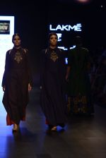 Model walk the ramp for Payal Khandwala Show at Lakme Fashion Week 2016 on 28th Aug 2016 (361)_57c3ca398a24d.JPG