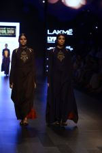 Model walk the ramp for Payal Khandwala Show at Lakme Fashion Week 2016 on 28th Aug 2016 (364)_57c3ca3d9e8df.JPG