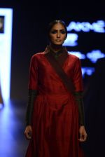 Model walk the ramp for Payal Khandwala Show at Lakme Fashion Week 2016 on 28th Aug 2016 (400)_57c3ca7899793.JPG