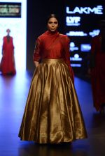 Model walk the ramp for Payal Khandwala Show at Lakme Fashion Week 2016 on 28th Aug 2016 (409)_57c3ca86867b2.JPG