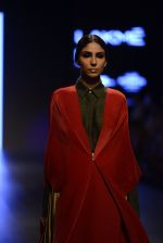 Model walk the ramp for Payal Khandwala Show at Lakme Fashion Week 2016 on 28th Aug 2016 (428)_57c3caa837611.JPG