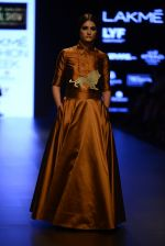 Model walk the ramp for Payal Khandwala Show at Lakme Fashion Week 2016 on 28th Aug 2016 (43)_57c3c54d31060.JPG