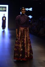 Model walk the ramp for Payal Khandwala Show at Lakme Fashion Week 2016 on 28th Aug 2016 (435)_57c3cab68b44a.JPG