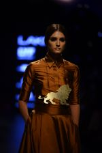 Model walk the ramp for Payal Khandwala Show at Lakme Fashion Week 2016 on 28th Aug 2016 (46)_57c3c550a073b.JPG