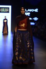 Model walk the ramp for Payal Khandwala Show at Lakme Fashion Week 2016 on 28th Aug 2016 (488)_57c3caf98af71.JPG