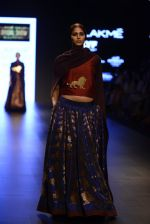Model walk the ramp for Payal Khandwala Show at Lakme Fashion Week 2016 on 28th Aug 2016 (489)_57c3cafab5e99.JPG
