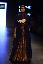 Model walk the ramp for Payal Khandwala Show at Lakme Fashion Week 2016 on 28th Aug 2016 (502)_57c3cb0d6f6f5.JPG
