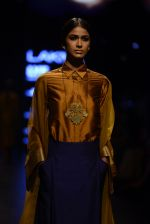 Model walk the ramp for Payal Khandwala Show at Lakme Fashion Week 2016 on 28th Aug 2016 (72)_57c3c5800457d.JPG