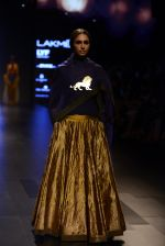 Model walk the ramp for Payal Khandwala Show at Lakme Fashion Week 2016 on 28th Aug 2016 (89)_57c3c5cb95f36.JPG