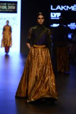 Model walk the ramp for Payal Khandwala Show at Lakme Fashion Week 2016 on 28th Aug 2016 (92)_57c3c5da016a2.JPG