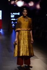 Model walk the ramp for Payal Khandwala Show at Lakme Fashion Week 2016 on 28th Aug 2016 (116)_57c3c6541b668.JPG