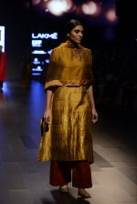 Model walk the ramp for Payal Khandwala Show at Lakme Fashion Week 2016 on 28th Aug 2016 (118)_57c3c65df37b0.JPG