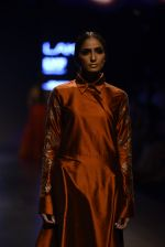 Model walk the ramp for Payal Khandwala Show at Lakme Fashion Week 2016 on 28th Aug 2016 (157)_57c3c71c20ee5.JPG
