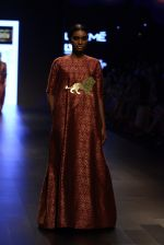 Model walk the ramp for Payal Khandwala Show at Lakme Fashion Week 2016 on 28th Aug 2016 (198)_57c3c7deb4a8b.JPG