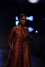 Model walk the ramp for Payal Khandwala Show at Lakme Fashion Week 2016 on 28th Aug 2016 (200)_57c3c7e91afa0.JPG
