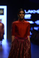 Model walk the ramp for Payal Khandwala Show at Lakme Fashion Week 2016 on 28th Aug 2016 (220)_57c3c8478a2ad.JPG