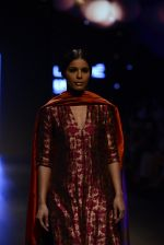 Model walk the ramp for Payal Khandwala Show at Lakme Fashion Week 2016 on 28th Aug 2016 (231)_57c3c87a79870.JPG