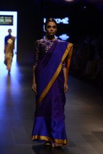 Model walk the ramp for Payal Khandwala Show at Lakme Fashion Week 2016 on 28th Aug 2016 (282)_57c3c94ee0164.JPG