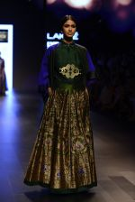 Model walk the ramp for Payal Khandwala Show at Lakme Fashion Week 2016 on 28th Aug 2016 (331)_57c3c9f507b0c.JPG