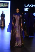 Model walk the ramp for Payal Khandwala Show at Lakme Fashion Week 2016 on 28th Aug 2016 (335)_57c3ca0403470.JPG