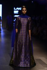 Model walk the ramp for Payal Khandwala Show at Lakme Fashion Week 2016 on 28th Aug 2016 (348)_57c3ca2386f92.JPG