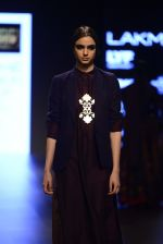 Model walk the ramp for Payal Khandwala Show at Lakme Fashion Week 2016 on 28th Aug 2016 (444)_57c3cac2a0089.JPG