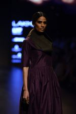 Model walk the ramp for Payal Khandwala Show at Lakme Fashion Week 2016 on 28th Aug 2016 (465)_57c3cadb20e6d.JPG