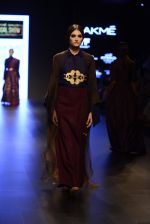 Model walk the ramp for Payal Khandwala Show at Lakme Fashion Week 2016 on 28th Aug 2016 (468)_57c3cadedfaf3.JPG
