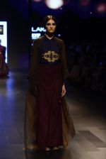 Model walk the ramp for Payal Khandwala Show at Lakme Fashion Week 2016 on 28th Aug 2016 (474)_57c3cae50fac3.JPG