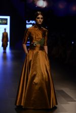 Model walk the ramp for Payal Khandwala Show at Lakme Fashion Week 2016 on 28th Aug 2016 (51)_57c3c557a7667.JPG