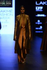 Model walk the ramp for Payal Khandwala Show at Lakme Fashion Week 2016 on 28th Aug 2016 (54)_57c3c55b78b13.JPG