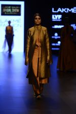 Model walk the ramp for Payal Khandwala Show at Lakme Fashion Week 2016 on 28th Aug 2016 (56)_57c3c55f2f8b9.JPG