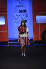 Model walk the ramp for The Hamleys Show styled by Diesel Show at Lakme Fashion Week 2016 on 28th Aug 2016 (455)_57c3c5aab59b6.JPG