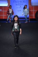 Model walk the ramp for The Hamleys Show styled by Diesel Show at Lakme Fashion Week 2016 on 28th Aug 2016 (609)_57c3c8c272418.JPG