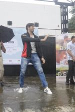 Sidharth Malhotra at a promotional event on 28th Aug 2016 (17)_57c3c2e221048.JPG