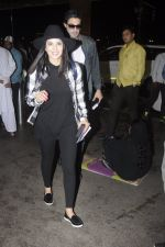 Sunny Leone snapped at airport on 28th Aug 2016 (16)_57c3c31f3eaa3.JPG