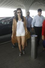 Alia Bhatt snapped at airport on 30th Aug 2016 (31)_57c55962ac99c.JPG