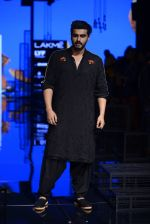 Arjun Kapoor walk the ramp for Kunal Rawal Show at Lakme Fashion Week 2016 on 28th Aug 2016 (106)_57c545822f494.JPG