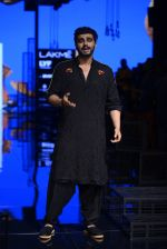 Arjun Kapoor walk the ramp for Kunal Rawal Show at Lakme Fashion Week 2016 on 28th Aug 2016 (107)_57c54593c0117.JPG