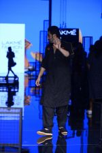 Arjun Kapoor walk the ramp for Kunal Rawal Show at Lakme Fashion Week 2016 on 28th Aug 2016 (89)_57c544c594f29.JPG