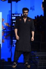 Arjun Kapoor walk the ramp for Kunal Rawal Show at Lakme Fashion Week 2016 on 28th Aug 2016 (97)_57c545187ded4.JPG