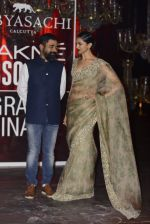 Deepika Padukone at Sabyasachi Show Grand Finale at Lakme Fashion Week 2016 on 28th Aug 2016 (212)_57c542f41073d.JPG