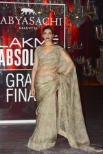 Deepika Padukone at Sabyasachi Show Grand Finale at Lakme Fashion Week 2016 on 28th Aug 2016 (221)_57c54328477ac.JPG