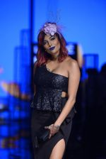 Diandra Soares walk the ramp for Kunal Rawal Show at Lakme Fashion Week 2016 on 28th Aug 2016 (61)_57c5451e24575.JPG
