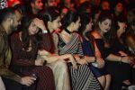 Karisma Kapoor at Sabyasachi Show Grand Finale at Lakme Fashion Week 2016 on 28th Aug 2016 (244)_57c543e686881.JPG