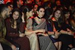 Karisma Kapoor at Sabyasachi Show Grand Finale at Lakme Fashion Week 2016 on 28th Aug 2016 (245)_57c543efc87be.JPG